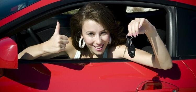 Современные женщины и автомобили