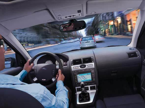 Как безопасно и экономно ездить на автомобиле?
