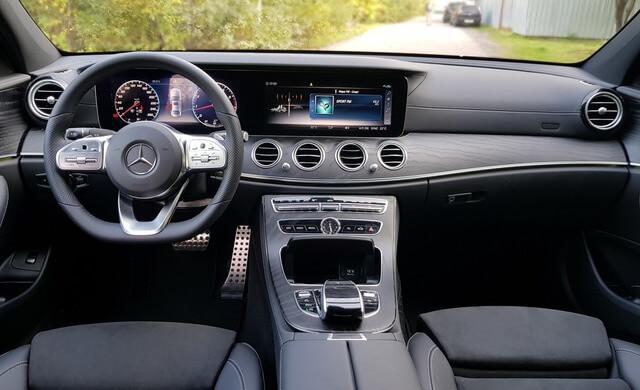 Mercedes Benz AMG E200